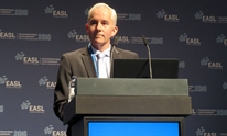 Dr James Freeman presenting at ILC 2016. Photo by Liz Highleyman, hivandhepatitis.com