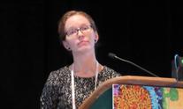 Jessie Torgersen presenting at CROI 2019. Photo by Liz Highleyman.